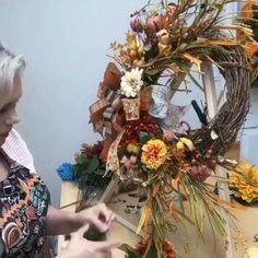 Thanksgiving Wreaths, Holiday Wreaths, Thanksgiving Decorations, Fall Decorations, Fresh Christmas Wreaths, Outdoor Fall Wreaths, Elegant Fall Wreaths, Autumn Wreaths For Front Door, Diy Fall Wreath