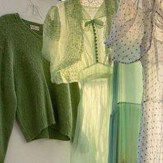 #fashion #fashioninspo #fashionmusthaves #vintageoutfits #90sstyle #firefits #trendyfits #greenaesthetic #aesthetic #selflove #loveyourself #girlpower #girlgang #evolvegirls Mint Green Aesthetic, Aesthetic Colors, Aesthetic Photo, Aesthetic Clothes, Green Theme, Green Colors, Colours, Estilo Ivy, Verde Vintage