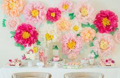 Flores de papel para la pared de la flor
