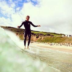 James Parry - Woll Beer Crew - photo Dave Muir @jimmyjamesparry @bingsurfboards @Vans Off The Wall @Nineplus The Soul Of Surfing