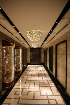 Porcelain ceiling lights at Harrods' Shoe Heaven #interiordesign #luxury #lighting #porcelain #harrods #london