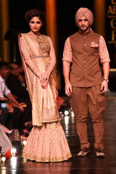Lakmé Fashion Week – Sabyasachi Mukherjee at LFW WF 2013