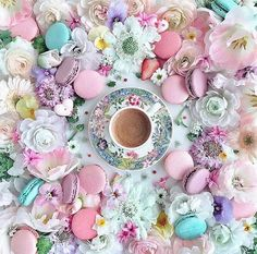 I'll take a coffee with my sunshine. But First Coffee, I Love Coffee, Coffee Time, Tea Time, Morning Coffee, Coffee Cups, Coffee Photography, Food Photography, Flower Aesthetic