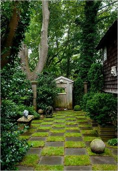 lovely, very secret garden | Providence Ltd Design - ProvidenceLtdDesign - It's All In the Details...
