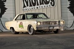 Built as a response to the challenge by the Roadkill crew for Roadkill Nights, Gas Monkey's 1967 Dodge Dart incorporates a Hellcat. Aaron Kaufman, Richard Rawlings, Gaz Monkey, Charger Rt, Gas Monkey Garage, Lowered Trucks, Dodge Dart, Roll Cage, Drag Cars