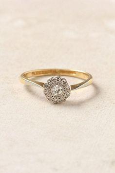 Antique diamond ring #vintageengagementringssimple