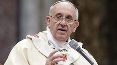 Papa Francisco da al mundo su mensaje de Navidad