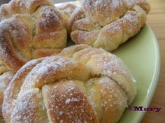 Vaniljaiset kristallipullat Dessert Recipes, Desserts, Recipe Box, Muffins, Bakery, Rolls, Food And Drink, Sweets, Bread