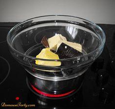 DomoweTorty - Czekoladowy tort z Kinder Bueno Tableware, Dinnerware, Dishes