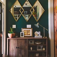 It brings a nice touch of softness in our interiors and all its nuances decorate our decoration. Discover our selection of gray products to perfect the decoration of your… Continue Reading → Green Accent Walls, Accent Walls In Living Room, Accent Wall Bedroom, Living Room Green, Bedroom Green, Green Rooms, Bedroom Colors, Living Room Decor, Dark Teal Bedroom