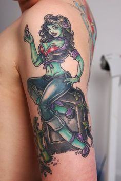 New Stylish Pin Up Girl Tattoo On Arm