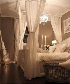DIY canopy bed!