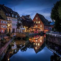 Earth Pictures™ (@EarthBeauties) | Twitter  --  COLMAR ,  FRANCE .