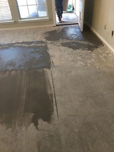 Self Leveling Compound Use To Level Concrete Slab Floor Prep - What to use to level concrete floor