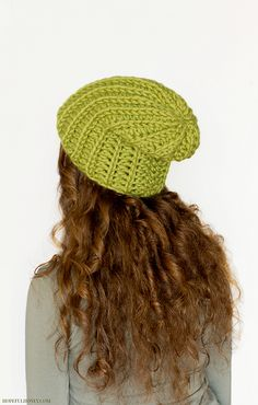56m 100m Ravelry: Chunky Willow Tree Slouchy Beanie pattern by Olivia Kent