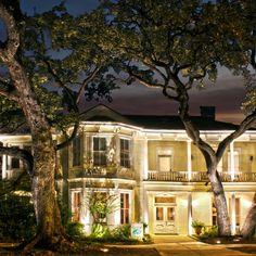 Venue Spotlight | The Allan House - austin venue review by The Simplifiers: Event Planning