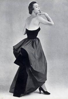 Cristobal Balenciaga, Evening Dress, 1950, photo by Philippe Pottier