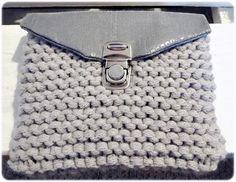 Neulottu pikkulaukku - VillaNanna - Kauneus & trendit Monogram, Michael Kors, Lifestyle, Pattern, Bags, Fashion, Handbags, Moda, Fashion Styles