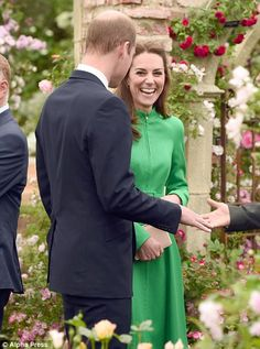 Kate shares a joke with William and can't contain her laughter...