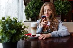 It may come as no surprise that Snapchat and Instagram have a solid lead over Facebook when it comes to the frequency that high school and college students use the social media channels, with young Snapchat users checking in at a rate of up to six times per day or more.