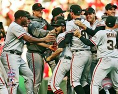 The San Francisco Giants Celebrate Winning Game 5 of the 2012 National League Division Series Photo Print (20 x 24)