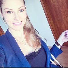Blue day !!!!!  #blue #blueday #bluedream #happy #thanksgod #bethankful #instablogger #instafashion #instagood #lunchtime #sun #lovesun #loveblue
