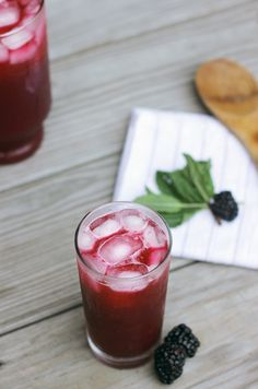 Starbucks Blackberry Mojito Tea Lemonade Recipe @themerrythought
