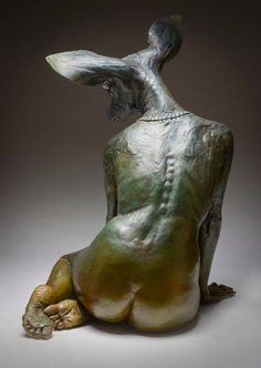 WOW incredible sculpture by Kristine & Colin Poole    Want more amazing sculpture? Check out our SCULPTURE gallery on Pinterest https://www.pinterest.com/Bea…/art-sculpture-~-installation