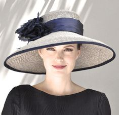 Kentucky Derby Hat Wedding Hat Black and White Hat Wide Chapeaux Pour Kentucky Derby, Kentucky Derby Hats, Melbourne Cup, Audrey Hepburn Hat, Black And White Hats, Custom Made Hats, Royal Ascot Hats, Navy Hats, Phoenix Suns