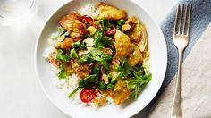 Quick Chicken Curry with Spinach and Peas