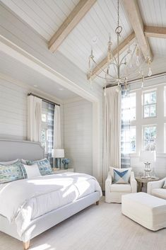 Classic Bedroom Design With Vaulted Ceiling Whitebedroom Vaulted