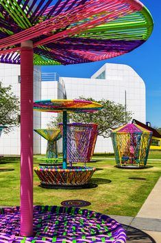 "This makes me think of the spinning tea cups. ""LOS TROMPOS"": interactive design installation by Héctor Esrawe & Ignacio Cadena at High Museum of Art Urban Furniture, Street Furniture, Landscape Architecture, Landscape Design, Discovery Green, Jardin Decor, High Museum, Playground Design, Interactive Art"