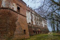 Castle in Krupe (Poland) on http://picstrip.net/?p=8972 #polska #poland #zamek #castle #krupe #ruins #travel #trip #picstrip