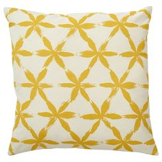 MÄRTASTINA Cojín - amarillo flor - IKEA Scatter Cushions, Cushions On Sofa, Throw Pillows, Cushions Online, Bed Mattress, Cushion Covers, Bunt, Comfy, Scrappy Quilts