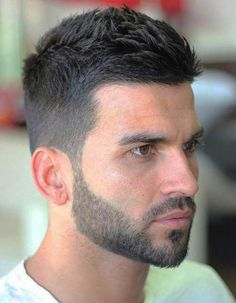 Do not just grow a short beard, rather use it to enhance your personality and manly look. Here are 70 most popular and trendy short beard styles you can try. Beard Styles For Men, Hair And Beard Styles, Short Hair Styles, Cool Mens Haircuts, Best Short Haircuts, Haircut Men, Hairstyle Men, Mens Haircuts 2017, Fade Haircut For Men
