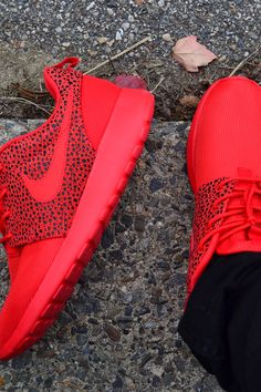 Red Roshes #sneakers