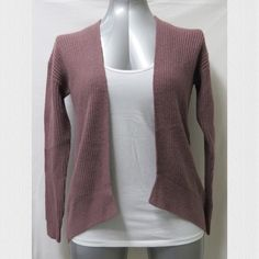 """Mossimo Cardigan Mossimo Pink Knit Cardigan  •100% Acrylic •Very soft •Worn once - in excellent condition, is too small for me now •arm length = 20 1/2"""" •front length = 23 1/2"""" •back length = 27"""" •🚫 Trades •🚫 Paypal Mossimo Sweaters Cardigans"""