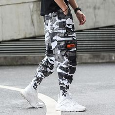 Men's Clothing Hip Hop Baggy Jeans 2018 New Arrivals Loose Fit Wide Leg Denim Pants Skateboarder Streetwear Free Shipping To Make One Feel At Ease And Energetic