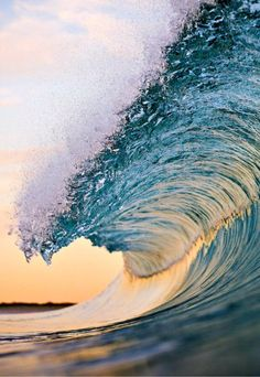 waves movement power and shape No Wave, Water Waves, Sea Waves, Sea And Ocean, Ocean Beach, Ocean Sunset, Waves Photography, Nature Photography, Wedding Photography
