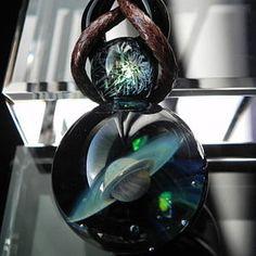 【送料無料!】1点物、始まりの惑星001/宇宙ガラスネックレス/ガラスペンダント/ガラスネックレス宇宙/土星ネックレス/日本製/ハンドメイド/ブランド<glass工房ココロイロ>【auktn】【売れ筋】