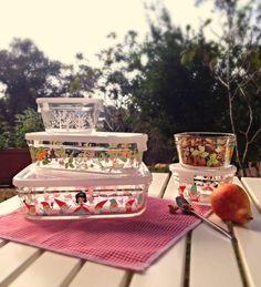 Shinzi Katoh Pyrex dishes Cute Kitchen, Kitchen Stuff, Pyrex, Dishes, Table Decorations, Design, Home Decor, Decoration Home, Room Decor