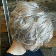 20 Best Short Wavy Bob Hairstyles | Bob Hairstyles 2015 - Short Hairstyles for Women by Gilvanete Oliveira