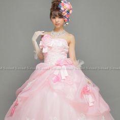 Amazon.co.jp: 花とリボンに白いレースがCuteな姫ピンクプリンセスライン ウエディングドレス: 服&ファッション小物