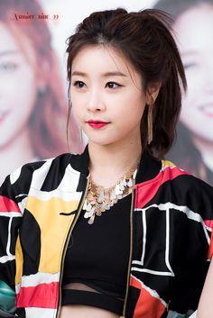 Kpop Girl Groups, Korean Girl Groups, Kpop Girls, Jin, Girl's Day Hyeri, Daisy, Kpop Girl Bands, Girl Sday, Models Makeup