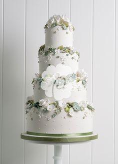 Poppy Pickering - Wedding Cakes - Weddingish