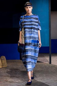 Daniela Gregis at Milan Fashion Week Spring 2018 - Runway Photos Milan Fashion Weeks, Fashion 2018, Love Fashion, Fashion News, Fashion Show, Fashion Looks, Fashion Design, Beautiful Outfits, Cool Outfits