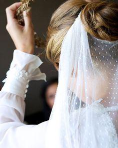 WEBSTA @ nikasevadeboda - 👰🏼 Plumeti 👰🏼 Ideal para novias románticas , No lo pierdas de vista esta temporada. Más ✔️Link in bio✔️ @celebritiesa3 @antena3com 👗@helenamareque #instawedding#picwedding#picoftheday#boda#bodas#vestidonovia#retalesdebodas#bloggerdebodas#blog#blogger#blogdebodas #novia#bridal#bride#groom#noviasconestilo#bodasreales#bodareal#realwedding#digitalinfluencer#influencer#weddinginfluencer#wedding#invitadasconestilo#invitadaperfecta #nikasevadeboda #weddingfan