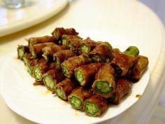 秋葵的黏滑讓豬肉片吃起來更滑嫩配上鹹香的照燒醬好開胃~