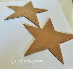 Cardboard stars from recycled cardboard