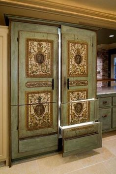 THIS IS A REFRIGERATOR. They don't have to be ugly!!!!!